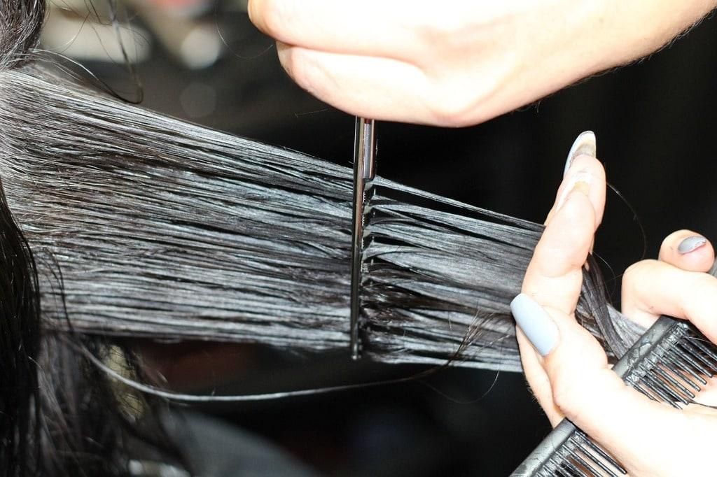 Pourquoi couper ses cheveux régulièrement ?